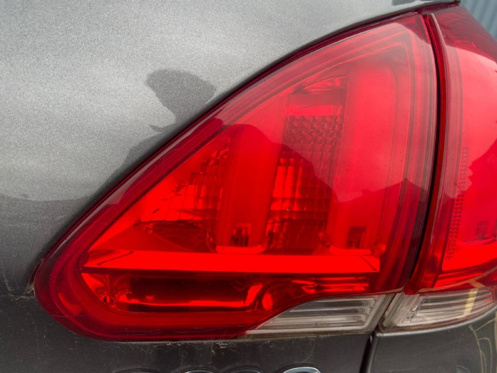 2016 PEUGEOT 2008 MK1 (PH1) (A94) REAR/TAIL LIGHT ON TAILGATE (DRIVERS SIDE)